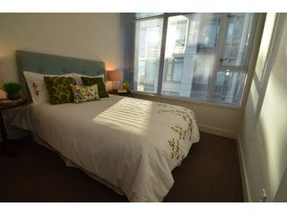 "Photo 9: # 710 251 E 7TH AV in Vancouver: Mount Pleasant VE Condo for sale in ""DISTRICT"" (Vancouver East)  : MLS®# V1037906"