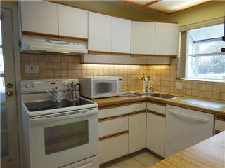 """Photo 6: 1722 APPIN Road in North Vancouver: Westlynn House for sale in """"Westlynn"""" : MLS®# V1049386"""