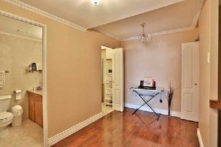 Photo 5: 13 35 Ormskirk Avenue in Toronto: High Park-Swansea Condo for sale (Toronto W01)  : MLS®# W2871950