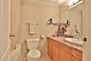 Photo 6: 13 35 Ormskirk Avenue in Toronto: High Park-Swansea Condo for sale (Toronto W01)  : MLS®# W2871950