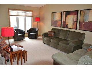 Photo 3: 79 Royal Oak Drive in WINNIPEG: Fort Garry / Whyte Ridge / St Norbert Residential for sale (South Winnipeg)  : MLS®# 1408361