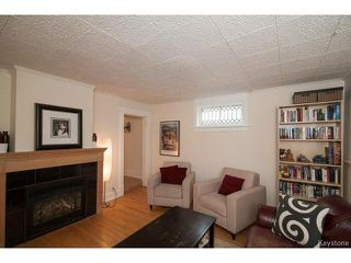 Photo 3: 111 Borebank Street in WINNIPEG: River Heights / Tuxedo / Linden Woods Residential for sale (South Winnipeg)  : MLS®# 1424449