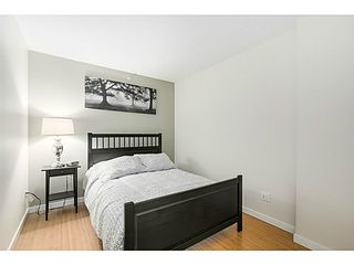 "Photo 7: 615 168 POWELL Street in Vancouver: Downtown VE Condo for sale in ""SMART"" (Vancouver East)  : MLS®# V1101030"
