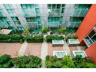 "Photo 6: 615 168 POWELL Street in Vancouver: Downtown VE Condo for sale in ""SMART"" (Vancouver East)  : MLS®# V1101030"