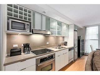 "Photo 4: 615 168 POWELL Street in Vancouver: Downtown VE Condo for sale in ""SMART"" (Vancouver East)  : MLS®# V1101030"