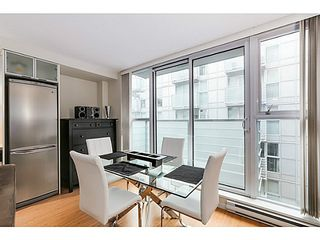 "Photo 5: 615 168 POWELL Street in Vancouver: Downtown VE Condo for sale in ""SMART"" (Vancouver East)  : MLS®# V1101030"