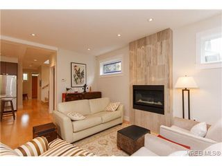 Photo 9: 450 Moss Street in VICTORIA: Vi Fairfield West Single Family Detached for sale (Victoria)  : MLS®# 346428