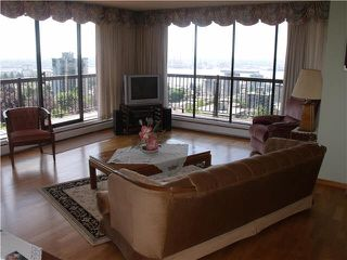 """Photo 6: 1504 114 W KEITH Road in North Vancouver: Central Lonsdale Condo for sale in """"ASHBY HOUSE"""" : MLS®# V1124235"""