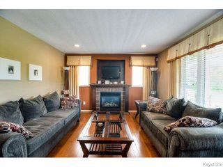 Photo 9: 98 Bridgeland Drive North in WINNIPEG: Fort Garry / Whyte Ridge / St Norbert Residential for sale (South Winnipeg)  : MLS®# 1517803