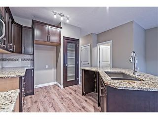 Photo 8: 25 NOLANFIELD Manor NW in Calgary: Nolan Hill House  : MLS®# C4041105