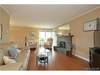 Photo 6: 2526 Toth Pl in VICTORIA: La Mill Hill Single Family Detached for sale (Langford)  : MLS®# 727198