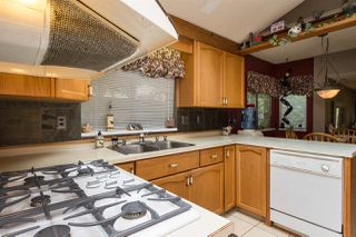 Photo 11: 15373 21 Avenue in Surrey: King George Corridor House for sale (South Surrey White Rock)  : MLS®# R2057936