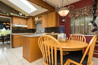 Photo 12: 15373 21 Avenue in Surrey: King George Corridor House for sale (South Surrey White Rock)  : MLS®# R2057936