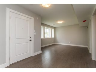 Photo 16: 35936 SHADBOLT Avenue in Abbotsford: Abbotsford East House for sale : MLS®# R2076195