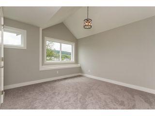 Photo 13: 35936 SHADBOLT Avenue in Abbotsford: Abbotsford East House for sale : MLS®# R2076195