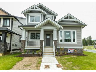 Photo 1: 35936 SHADBOLT Avenue in Abbotsford: Abbotsford East House for sale : MLS®# R2076195
