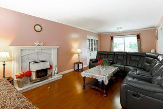 "Photo 3: 15676 84A Avenue in Surrey: Fleetwood Tynehead House for sale in ""FLEETWOOD"" : MLS®# R2090516"