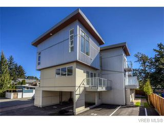 Photo 1: 117 2737 Jacklin Rd in VICTORIA: La Langford Proper Row/Townhouse for sale (Langford)  : MLS®# 738150