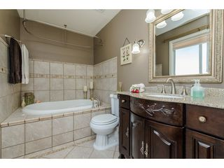 "Photo 12: 3039 CASSIAR Avenue in Abbotsford: Abbotsford East House for sale in ""MCMILLIAN"" : MLS®# R2101156"