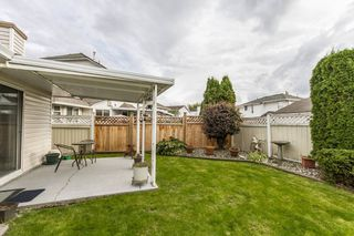 """Photo 19: 19668 SOMERSET Drive in Pitt Meadows: Mid Meadows House for sale in """"SOMMERSET"""" : MLS®# R2113978"""