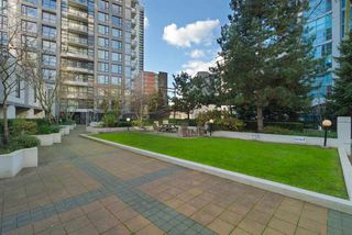"Photo 18: 204 1295 RICHARDS Street in Vancouver: Downtown VW Condo for sale in ""THE OSCAR"" (Vancouver West)  : MLS®# R2124812"
