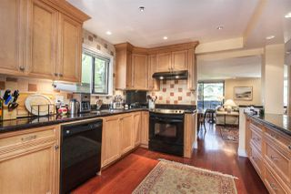 "Photo 8: 4097 PARKWAY Drive in Vancouver: Quilchena Townhouse for sale in ""ARBUTUS VILLAGE"" (Vancouver West)  : MLS®# R2157602"