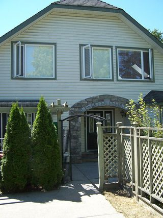 Photo 1: 5249 197A Street in Langley: Home for sale : MLS®# F1317353
