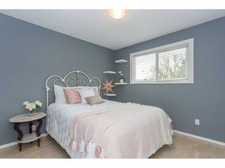 """Photo 12: 34920 MCCABE Place in Abbotsford: Abbotsford East House for sale in """"McMillan area"""" : MLS®# R2175602"""