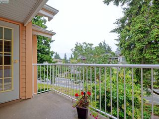 Photo 19: 402 606 Goldstream Ave in VICTORIA: La Fairway Condo for sale (Langford)  : MLS®# 762139