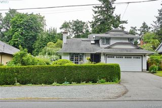 Photo 20: 1057 Tulip Avenue in VICTORIA: SW Strawberry Vale Single Family Detached for sale (Saanich West)  : MLS®# 379694
