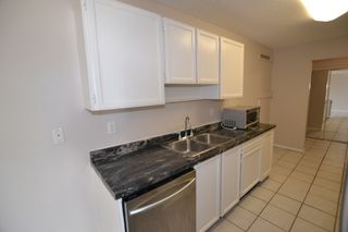 "Photo 3: 348 2821 TIMS Street in Abbotsford: Abbotsford West Condo for sale in ""~Parkview Estates~"" : MLS®# R2204865"