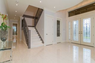 Photo 2: 10360 AINTREE Crescent in Richmond: McNair House for sale : MLS®# R2206928