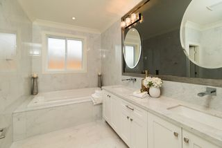 Photo 14: 10360 AINTREE Crescent in Richmond: McNair House for sale : MLS®# R2206928