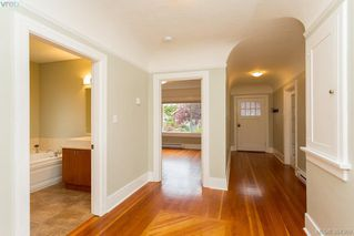 Photo 8: 540 Cornwall Street in VICTORIA: Vi Fairfield West Single Family Detached for sale (Victoria)  : MLS®# 384369