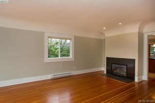Photo 3: 540 Cornwall Street in VICTORIA: Vi Fairfield West Single Family Detached for sale (Victoria)  : MLS®# 384369