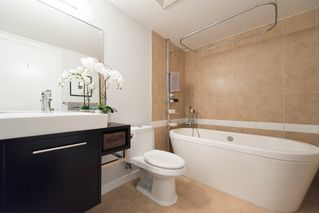 "Photo 19: 1106 188 KEEFER Place in Vancouver: Downtown VW Condo for sale in ""ESPANA"" (Vancouver West)  : MLS®# R2215707"