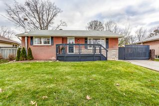 Photo 1: 5442 Anthony Place in Burlington: Appleby House (Bungalow) for sale : MLS®# W4030289