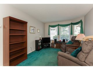 "Photo 12: 227 13888 70 Avenue in Surrey: East Newton Townhouse for sale in ""Chelsea Gardens"" : MLS®# R2245621"