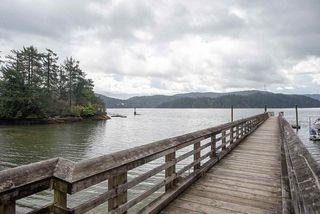 Photo 15: 5581 INDIAN RIVER Drive in North Vancouver: Woodlands-Sunshine-Cascade House for sale : MLS®# R2257797