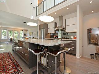 Photo 3: 142 St. Andrews St in VICTORIA: Vi James Bay Half Duplex for sale (Victoria)  : MLS®# 787996