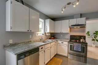 """Photo 10: 41318 KINGSWOOD Road in Squamish: Brackendale House for sale in """"Eagle Run"""" : MLS®# R2277038"""