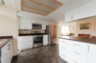 """Photo 2: 1202 69 JAMIESON Court in New Westminster: Fraserview NW Condo for sale in """"PALACE QUAY"""" : MLS®# R2279582"""
