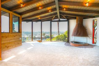 Photo 9: OCEANSIDE House for sale : 4 bedrooms : 4024 Alto St