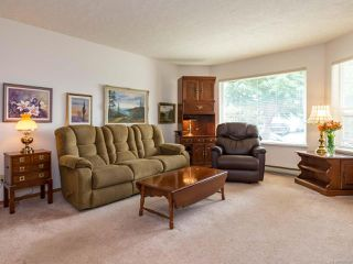 Photo 12: 2216 E 9th St in COURTENAY: CV Courtenay East House for sale (Comox Valley)  : MLS®# 795198