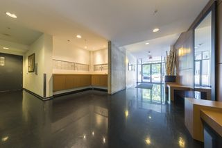"Photo 3: 503 919 STATION Street in Vancouver: Mount Pleasant VE Condo for sale in ""LEFT BANK"" (Vancouver East)  : MLS®# R2304592"