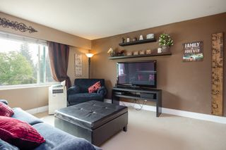 Photo 3: 4039 DUNPHY Street in Port Coquitlam: Oxford Heights House for sale : MLS®# R2315706