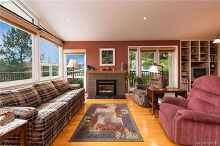 Photo 36: 4282 Parkside Cres in VICTORIA: SE Mt Doug Single Family Detached for sale (Saanich East)  : MLS®# 799976