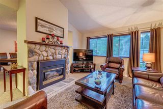 "Main Photo: 3 21707 DEWDNEY TRUNK Road in Maple Ridge: West Central Townhouse for sale in ""MAPLE VILLAS"" : MLS®# R2323139"