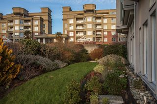 Photo 28: 110 10 Paul Kane Place in VICTORIA: VW Songhees Condo Apartment for sale (Victoria West)  : MLS®# 405428