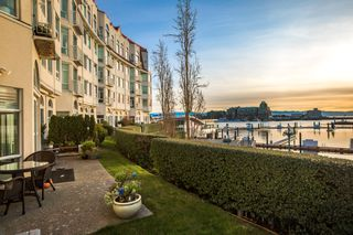 Photo 27: 110 10 Paul Kane Place in VICTORIA: VW Songhees Condo Apartment for sale (Victoria West)  : MLS®# 405428